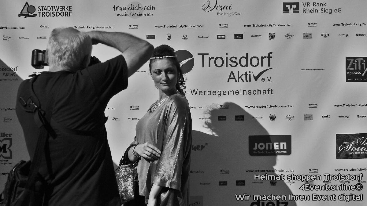 Bilder Heimat Shoppen | für Troisdorf City Modenschau.